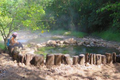 pong nam ron thapai, tha pai hot spring