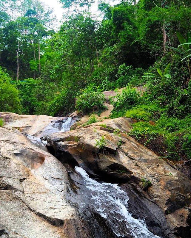 mo paeng waterfall, mor pang waterfall, morpang waterfall, mor paeng waterfall