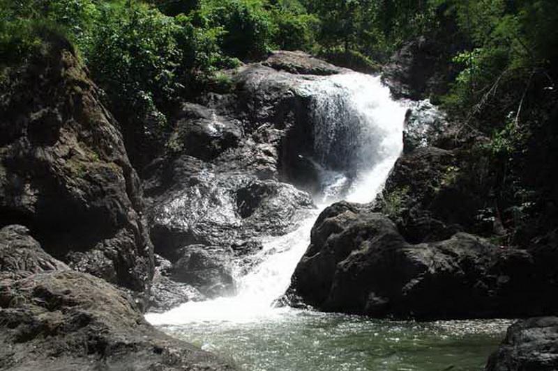 pha suea waterfall, pha sue waterfall, pha suea waterfall mae hong son, pha sue waterfall mae hong son